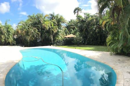 Quiet pool and garden - Miami - Haus