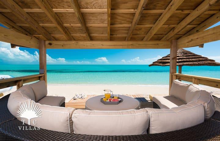 TC Villas // Villa Isla -Family villa in paradise