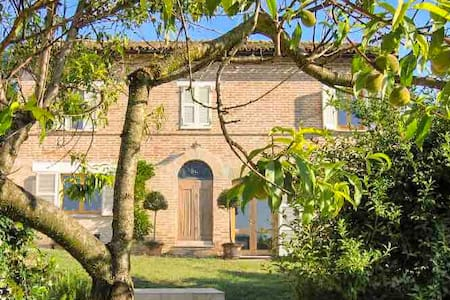 Casa Luciano, Beautiful villa in Le Marche