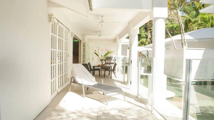 Port Douglas Paradise Beach Villa