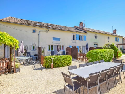 Le Roquefort - Charming gite in rural France