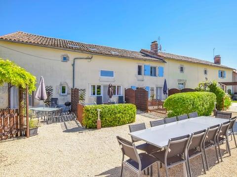Le Roquefort - Charming gite in rural France