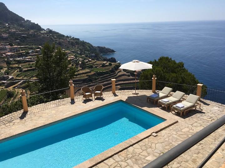 La Cabarola - Stunning villa with amazing seaview