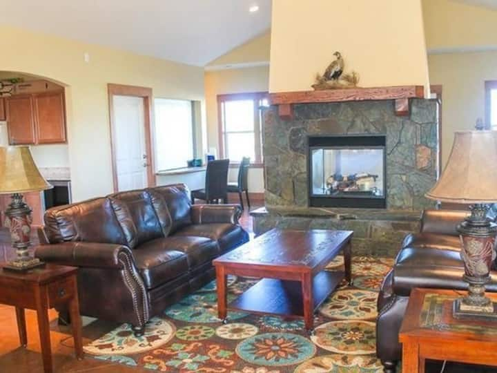 Cozy apartment for you | 2BR in Coeur d'Alene