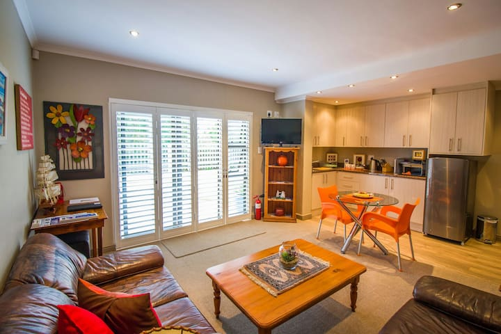 Your Home in Hermanus! - Vermont
