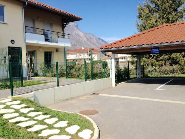 Appartement RDC et joli jardin ! - Vif - Condominium