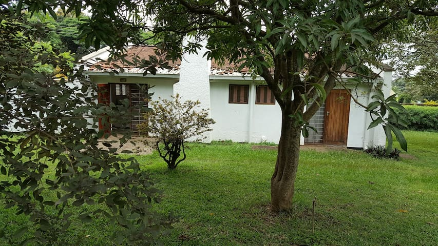 Cozy guesthouse within secure compound in Lilongwe