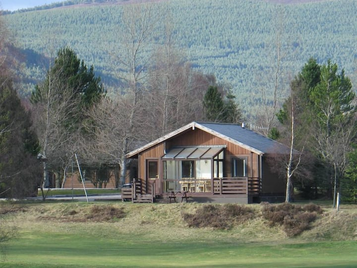 Two Bedroom Apt MacDonald Resort Spey Valley SPV2