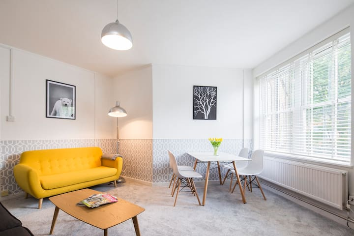 NEWLY REFURBISHED FLAT IN FULHAM/CHELSEA