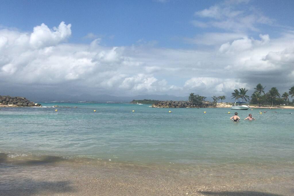 5 min plage des hôtels