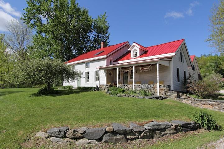 Smugglers' Mtn Rd Farm House