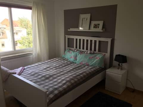 Ottensen - ruhiges Zimmer - Elbnah gelegen