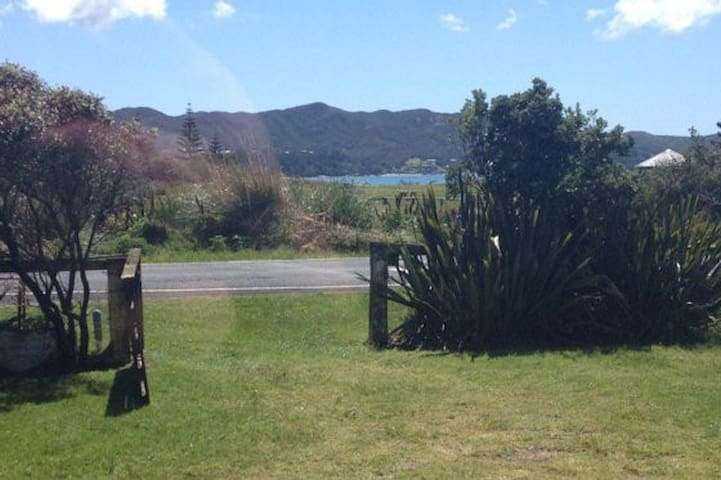 Classic Bach - Tokerau Beach, Karikari Peninsula - House