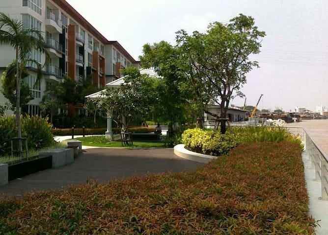 Bangkok Fascinating Riverside Condominium - Bangkok - Kondominium