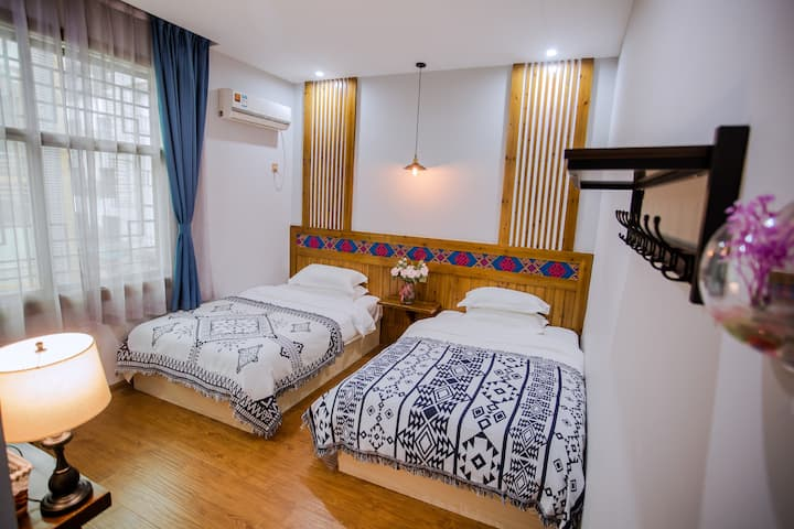 【MuSu】Deluxe twin bed room/Near tianmen mountain