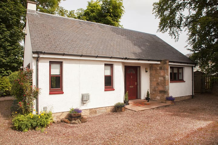 The Bungalow @ Just B - Balerno