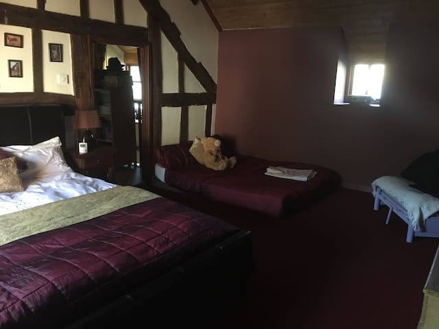 Family / Bunk Room - Llangynog - Casa