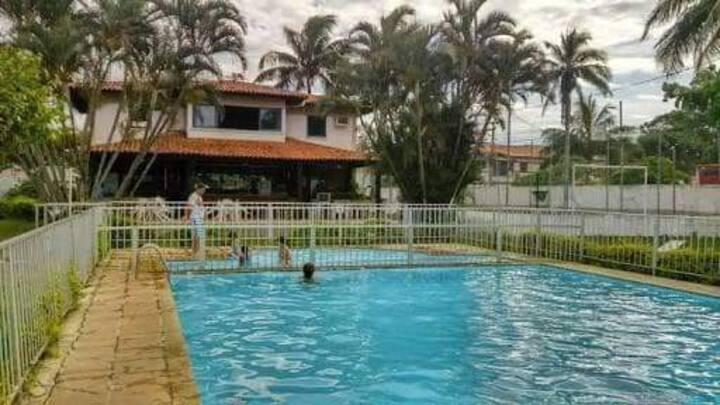 Flat em condomínio Bangalô Cabo Frio