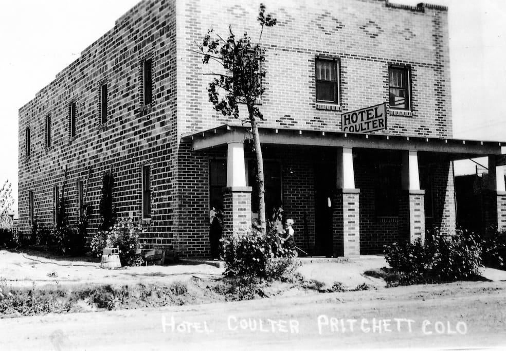Historical photo (ca. 1929)