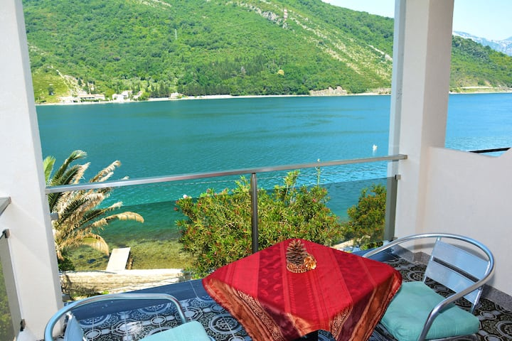 OneBedroomApartment with Balcony&SeaView