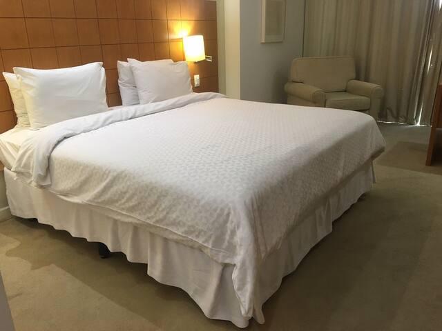 Suíte luxo hotel mais famoso bem localizado Macaé