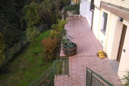 Casetta ai piedi dei colli Bolognesi - Sasso Marconi