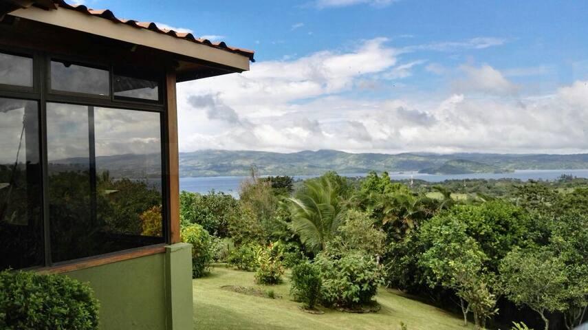 Family-friendly Home Fits 2to10, Lake+VolcanosView - Tronadora - Maison de vacances