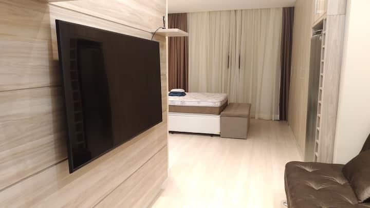 Apartamento de Luxo a três quarteirões do Parque