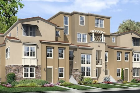 Beautiful Brand New Condo 3Bed/3Bath - Milpitas - Διαμέρισμα