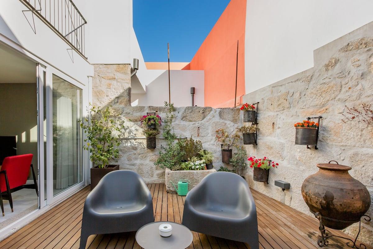 Charmosa e acolhedora casa com ambiente contemporâneo