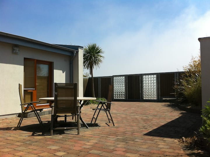 Modern Luxury Seaside Holiday Home