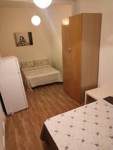 Habitación privada plaza España JG