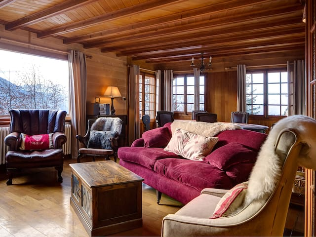 Sitting room with incredible views