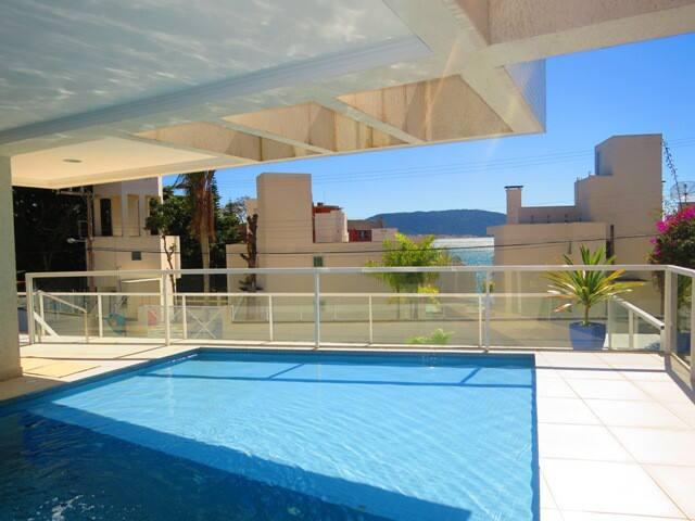 Apartamento Lagoinha a 50 metros da praia Cod.012B