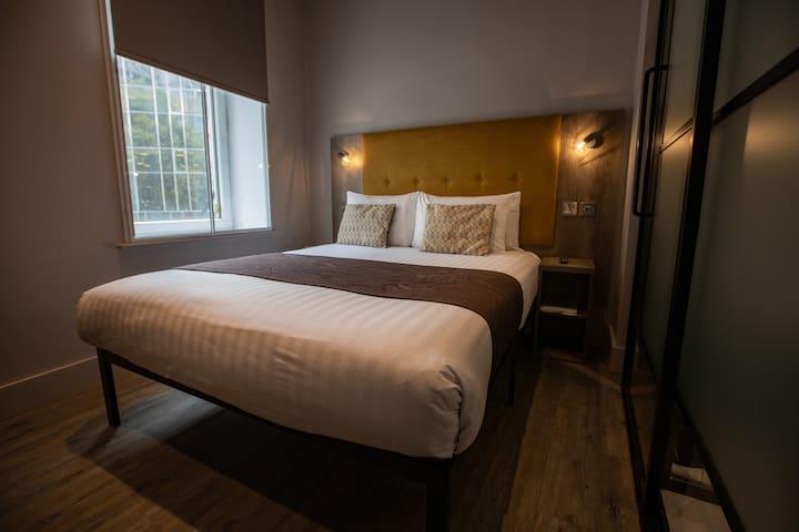 Euston Square Hotel, Standard Double Room (2DA)