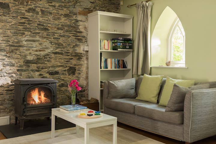 Orchard Cottage in Tamar Valley
