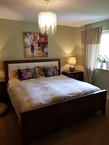 Deluxe Room in The Heart of Naas