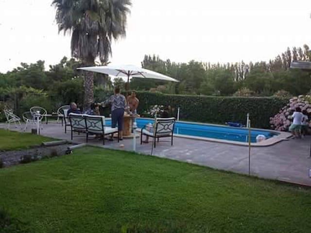Casa de Campo Paine, Santiago.
