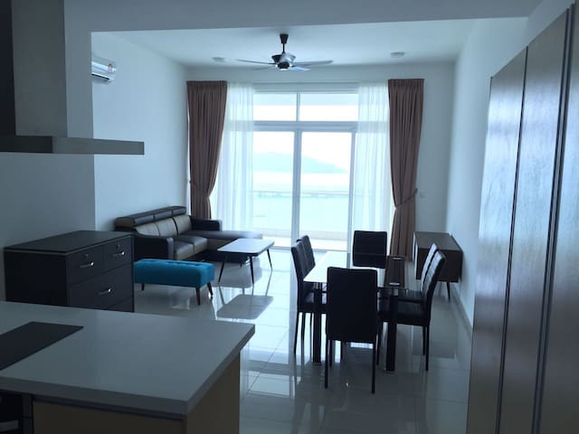 Seaview resort condominium - Batu Maung - Appartement