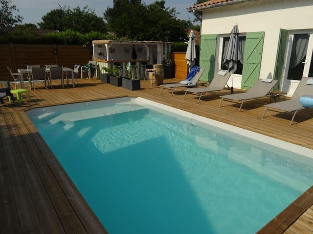 Maison avec piscine aux portes de Bordeaux