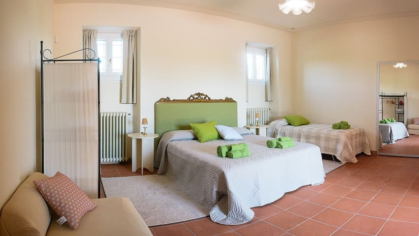 Stanza Tripla - Bed & Breakfast La Cascinetta