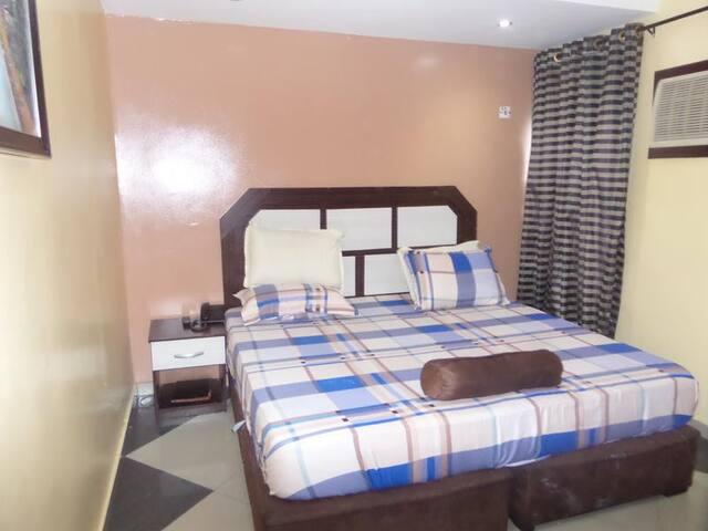 A2 Suites - Standard Room