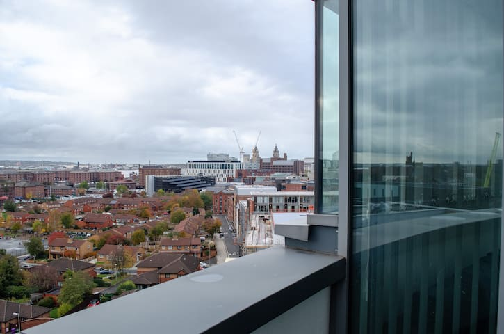 Modern penthouse with phenomenal views & parking