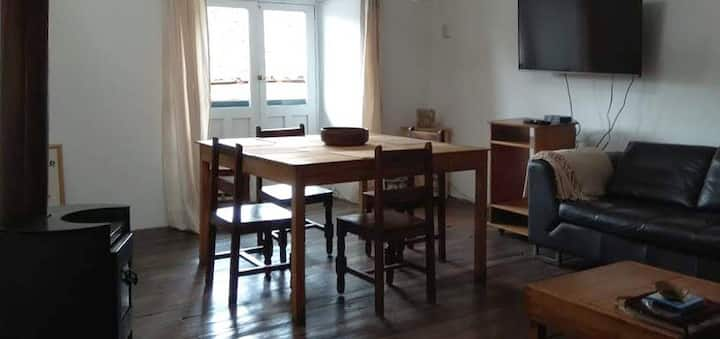 Colonial LOFT,  live in a colonial house. (69m²)