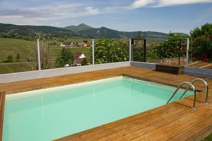 Le Zell**** - Maison ancienne avec piscine et vue