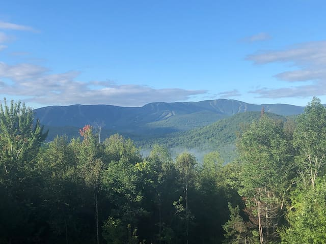 1-BR Mountain Apt: Sunday River Skiing-Views-Relax