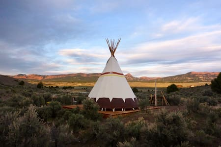 Medicine Shield TIPI near Bryce Canyon
