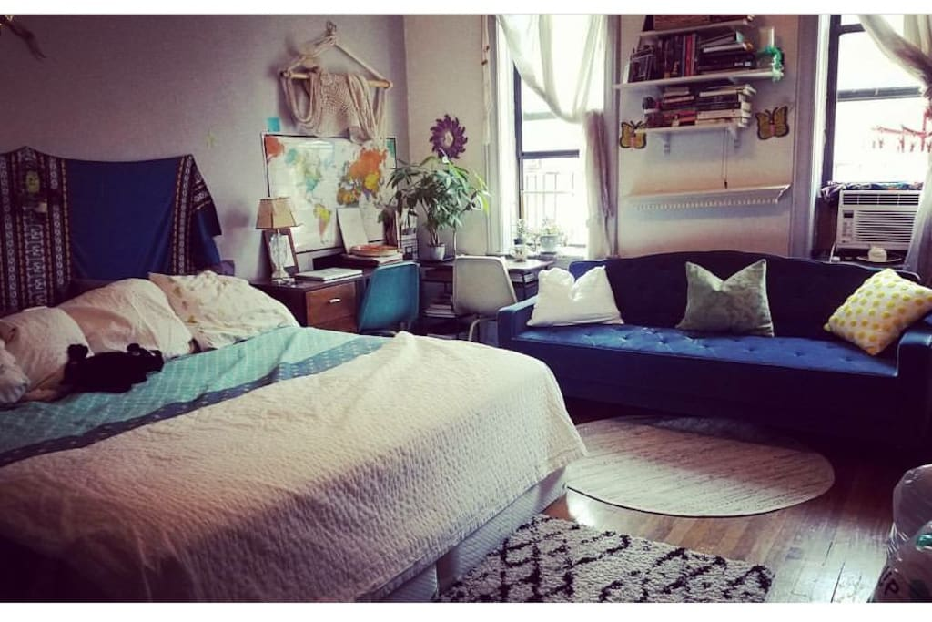 King Sized Brooklyn Artist Master Bedroom Flats For Rent In Brooklyn New York United States