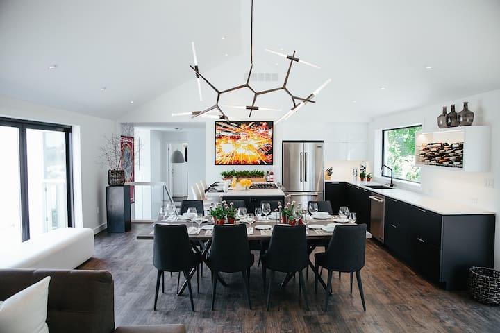 Vineyard Cottage Great Room