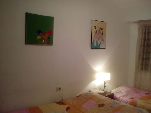 Family room in the flat with terras 歓迎 - València - Appartement